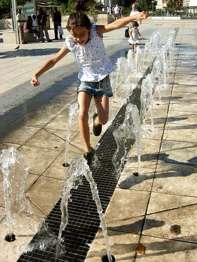 Water_splash_jump_path